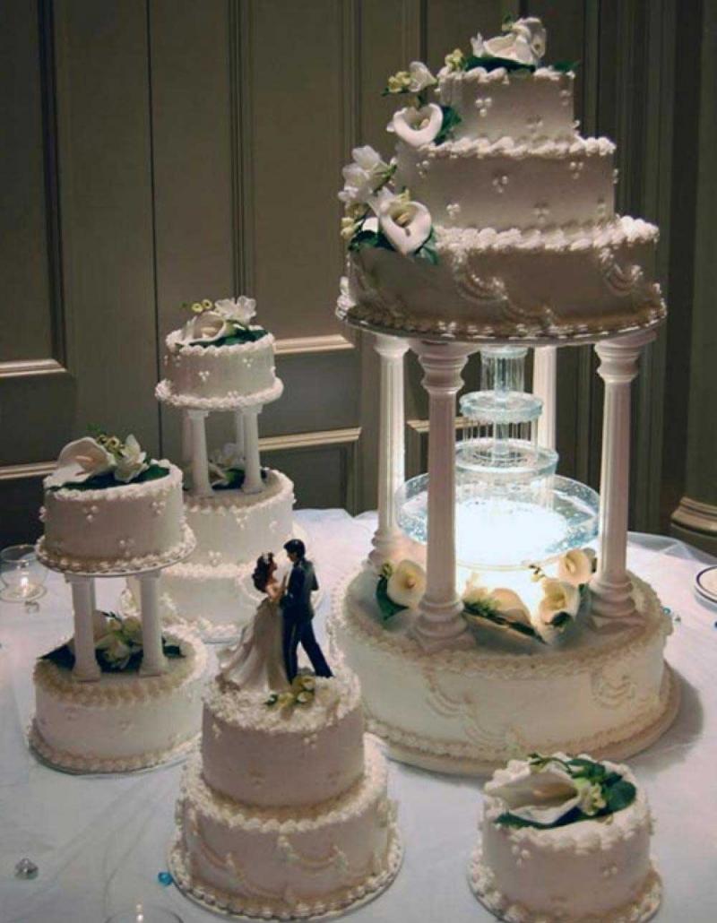 کیک عروسی خدمات مجالس آقای تشریفات